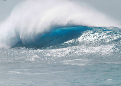 sean-tiner-wave-photograph-surfing