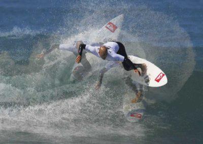 kelly-slater-surfing-1