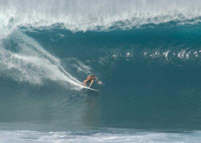 sean-tiner-reef-mcintosh-surfing