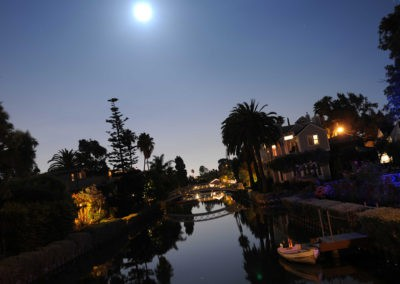 sean-tiner-venice-canals-night-1