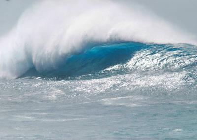 sean-tiner-wave-photograph-surfing