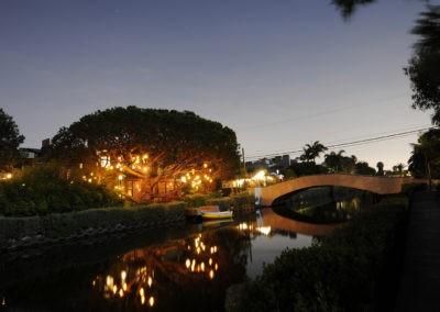 venice-canals-night-10